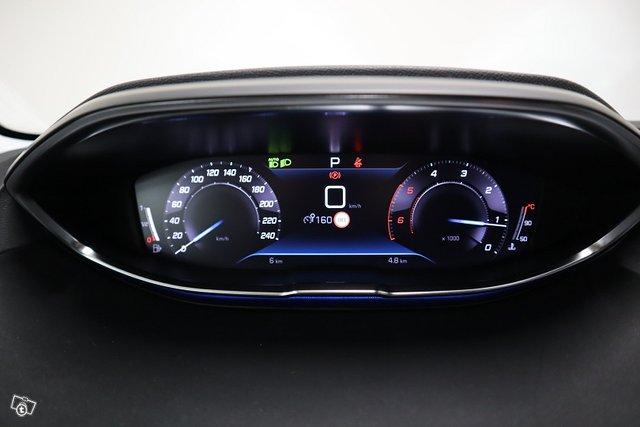 Peugeot 5008 21