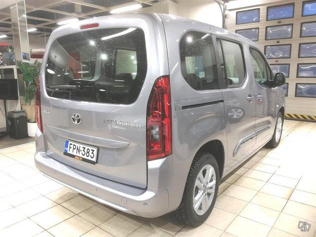Toyota Proace CITY Verso 3