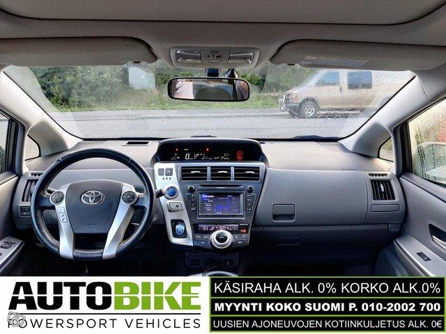 Toyota Prius+ 14