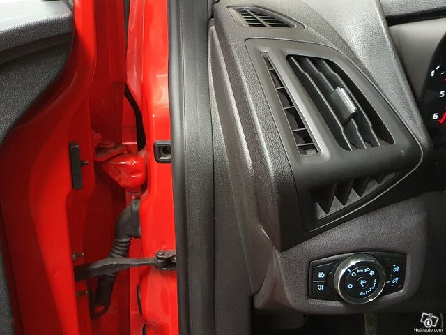 Ford Tourneo Connect 13