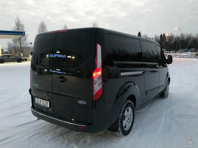 Ford Tourneo Custom 4
