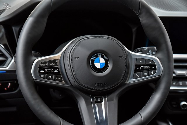 BMW 3-SARJA 12