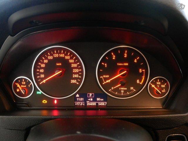 BMW 3-SARJA 14
