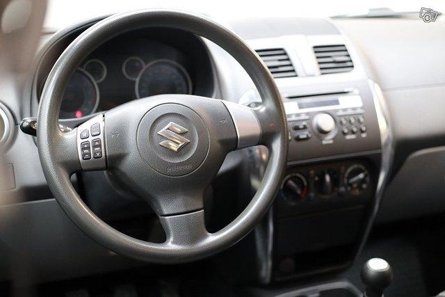 Suzuki SX4 14