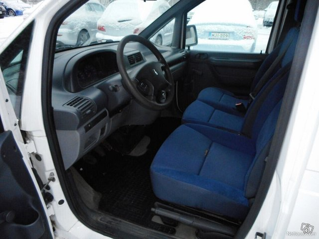 Peugeot Expert 8