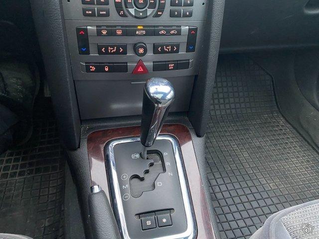Peugeot 407 8