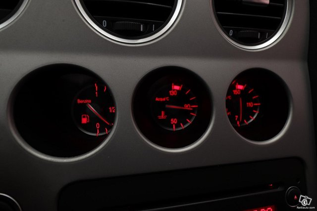 Alfa Romeo 159 16
