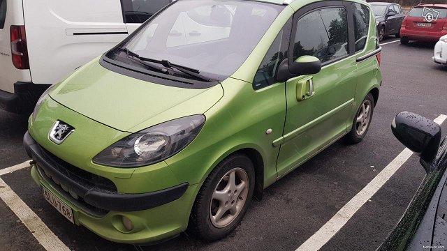 Peugeot 1007 2