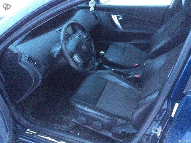 Nissan Primera 16