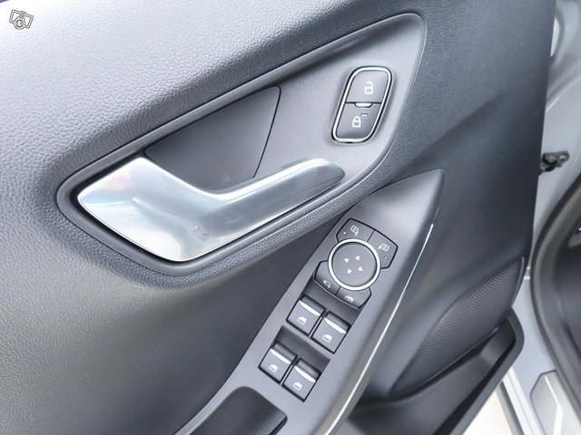 Ford Puma 16