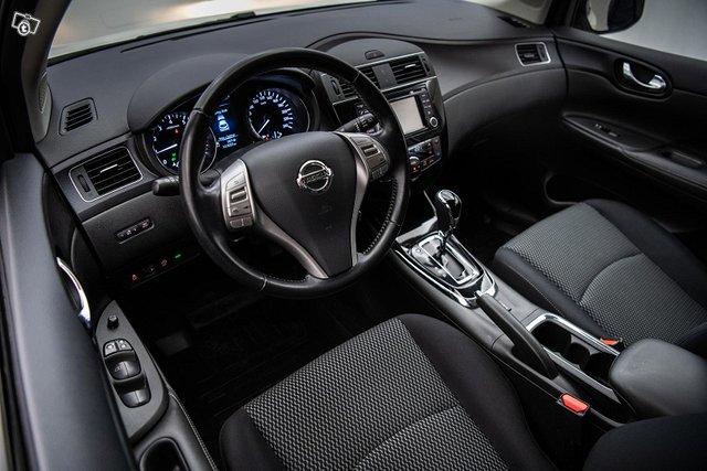 Nissan Pulsar 10
