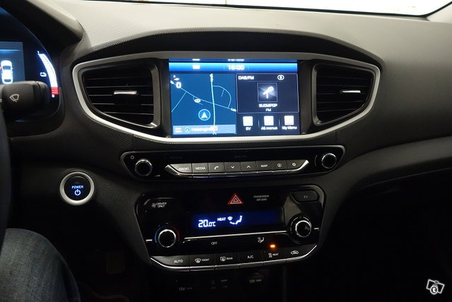 Hyundai IONIQ ELECTRIC 10