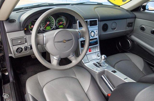 Chrysler Crossfire 13