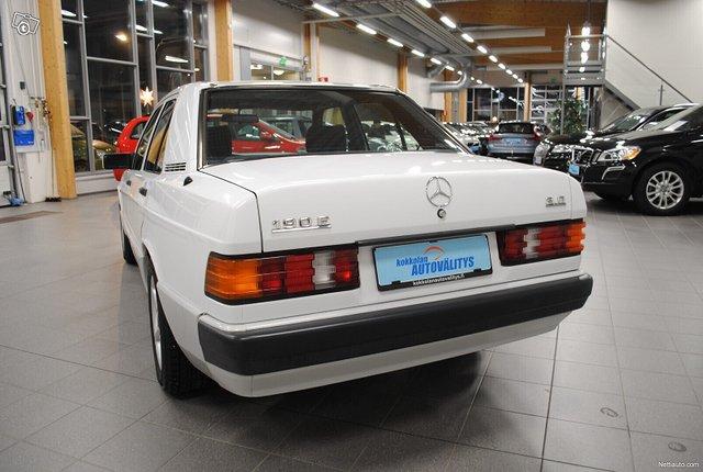 Mercedes-Benz 190 4