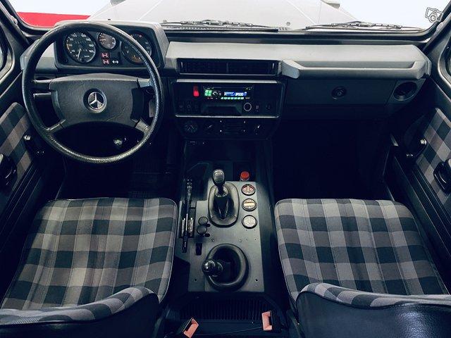 Mercedes-Benz G 10