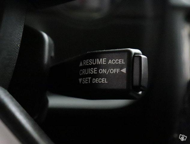 Dodge Challenger 16