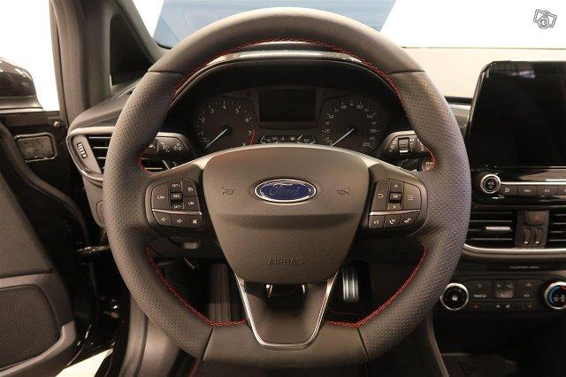 Ford Fiesta Van 8