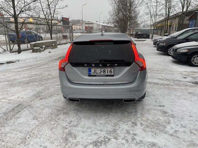Volvo V60 Plug IN Hybrid 4