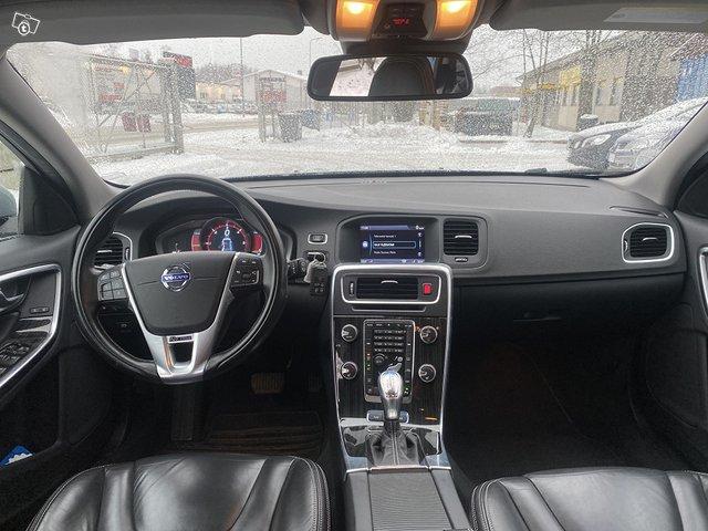 Volvo V60 Plug IN Hybrid 11