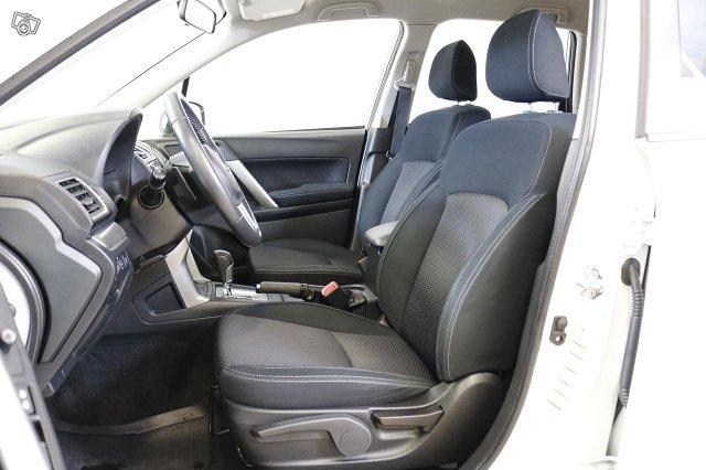 Subaru FORESTER 6