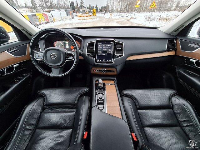 Volvo XC90 19
