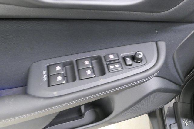 Subaru OUTBACK 14