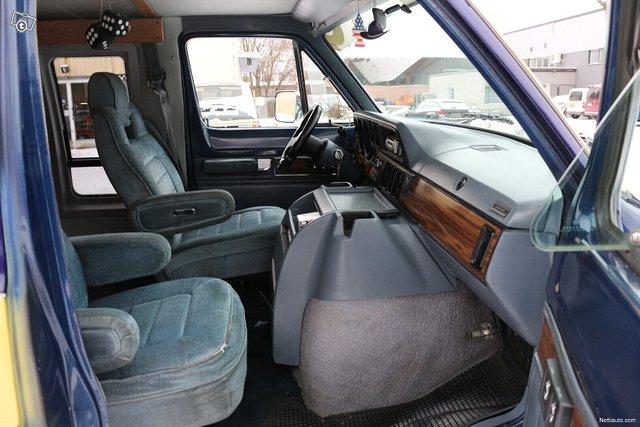 Dodge Ram B250 6