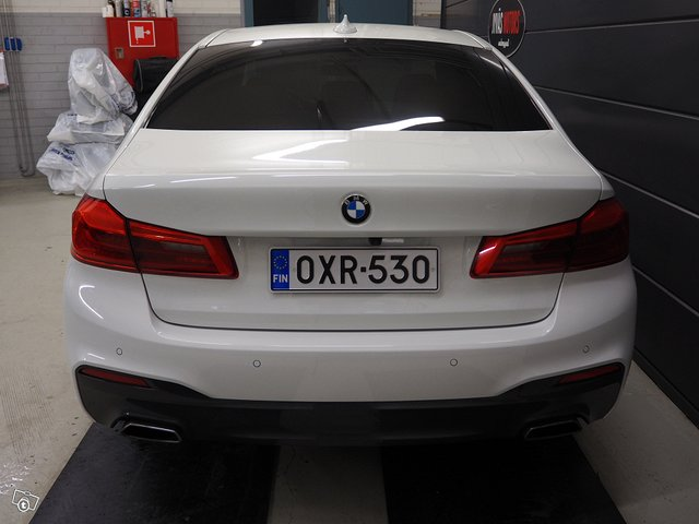 BMW 530d Xdrive 4