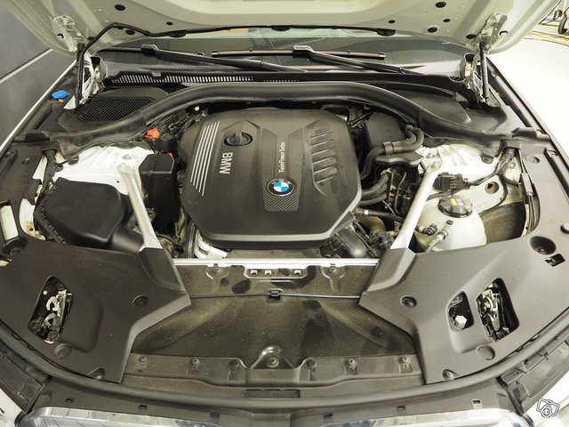BMW 530d Xdrive 14