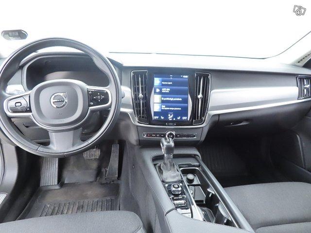 Volvo S90 12