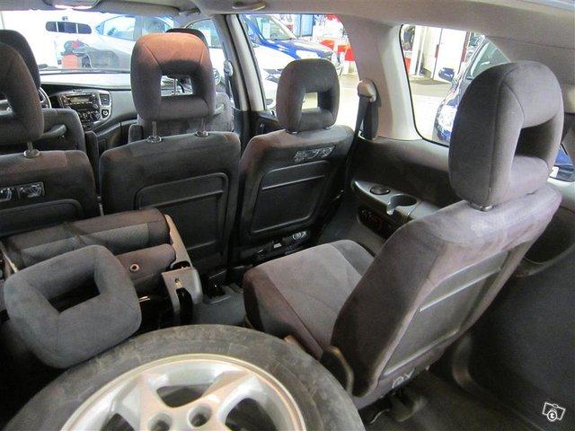 Mazda MPV 13