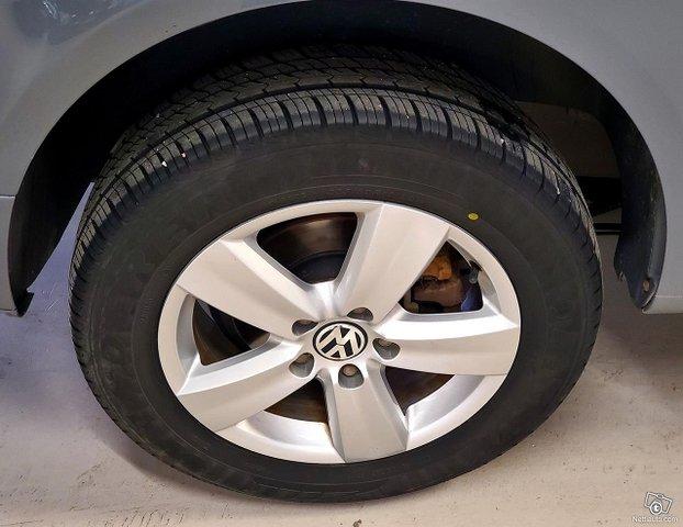 Volkswagen Caddy Maxi 23