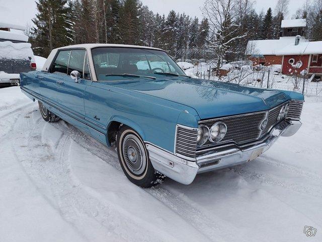 Chrysler Imperial 2