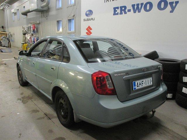 GM Daewoo Nubira 3