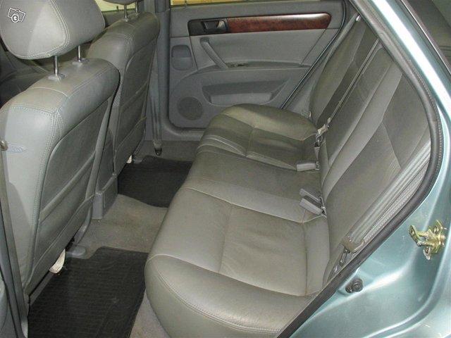GM Daewoo Nubira 6