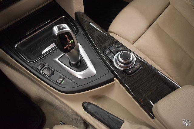 BMW 320 25