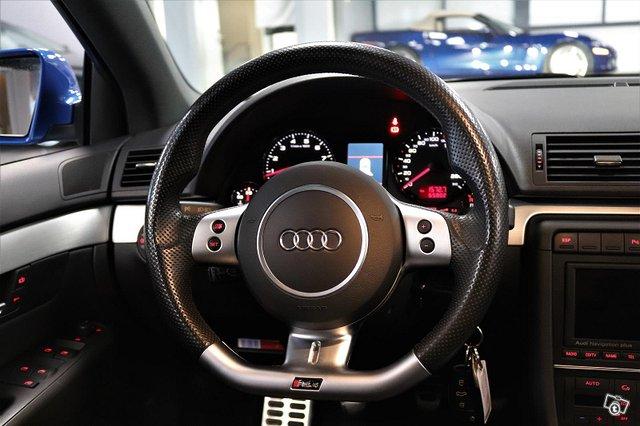 Audi RS4 14