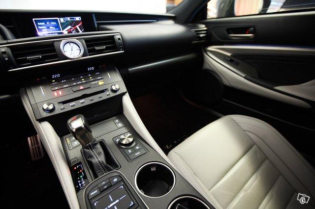 Lexus RC 7