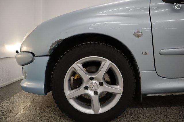 Peugeot 206 19