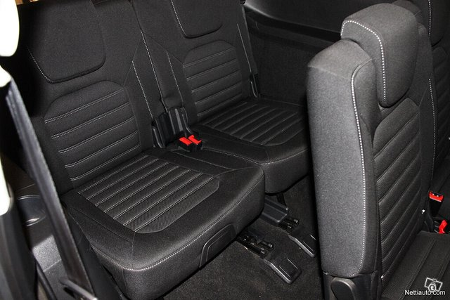 Ford Galaxy 14