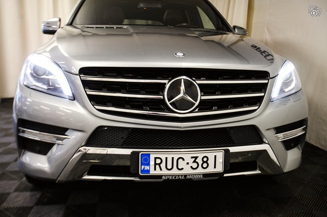 Mercedes-Benz ML 14