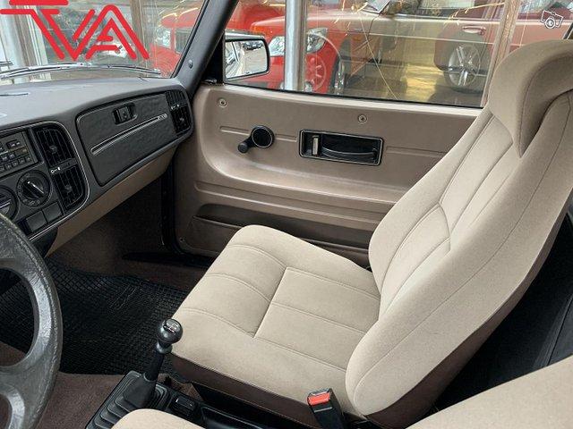 Saab 900 13