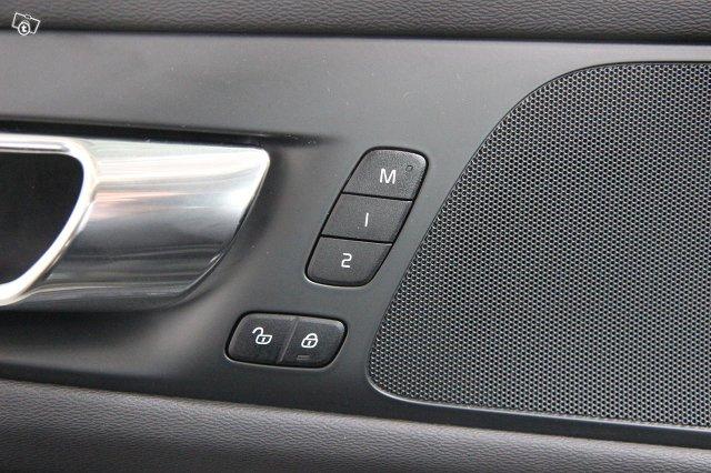 Volvo V60 17