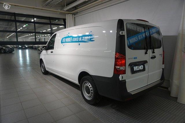 Mercedes-Benz VITO 4