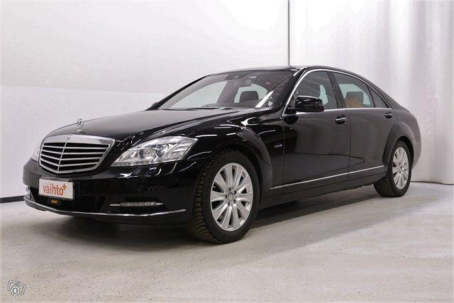 Mercedes-Benz S 1