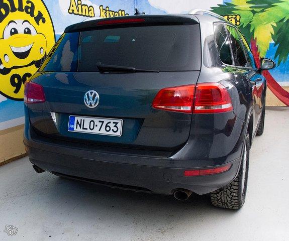 Volkswagen Touareg 8