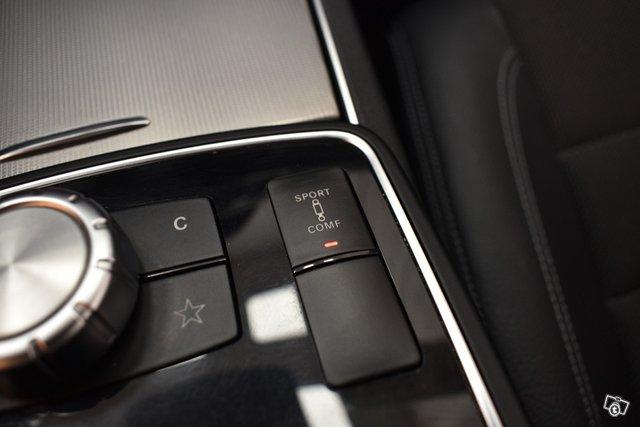 Mercedes-Benz E 23