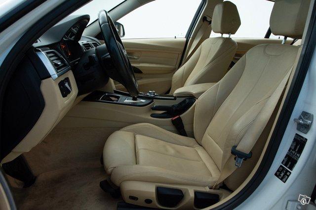 BMW 330d 11