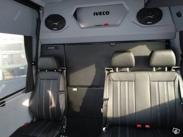 Iveco Daily 35S21A8 2+3 8