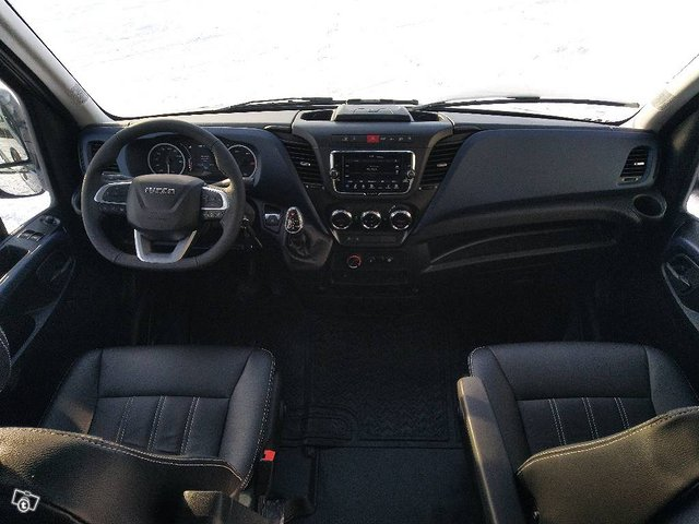 Iveco Daily 35S21A8 2+3 11